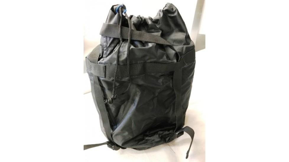 Pochette noire en nylon